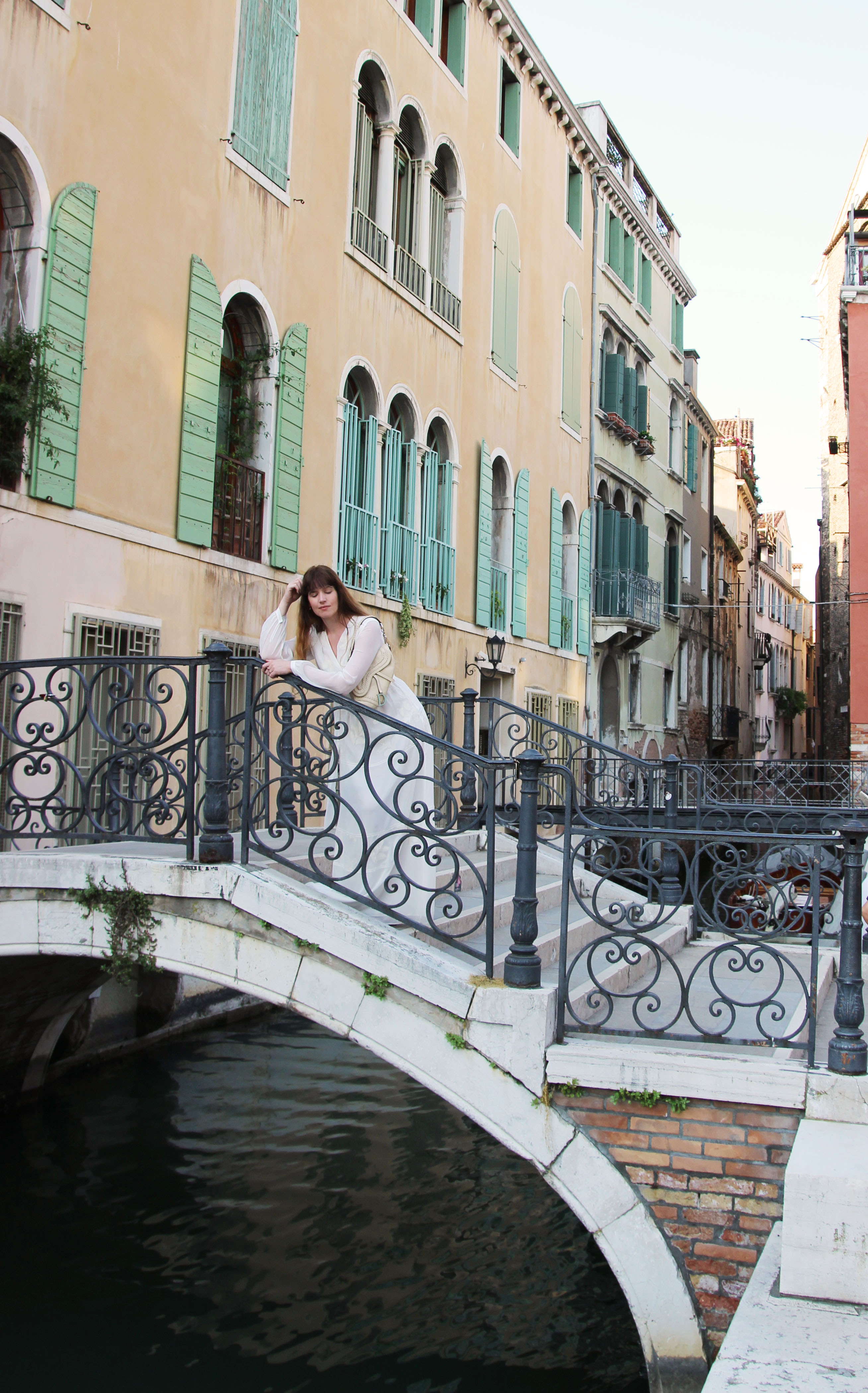 mia_und_ich_blog_modeblog_fahionblog_maxikleid_maxidress_embroidery_stickereien_travel_reisen_venezia_venice_venedig_italien_italy