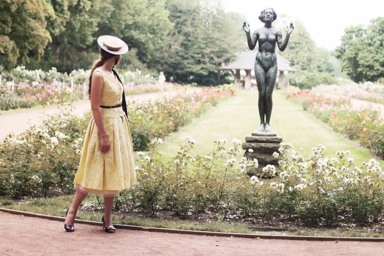 mia_und_ich_mode_blog_lifestyle_rosen_garten_vintage_dresden_cantoier_newlook