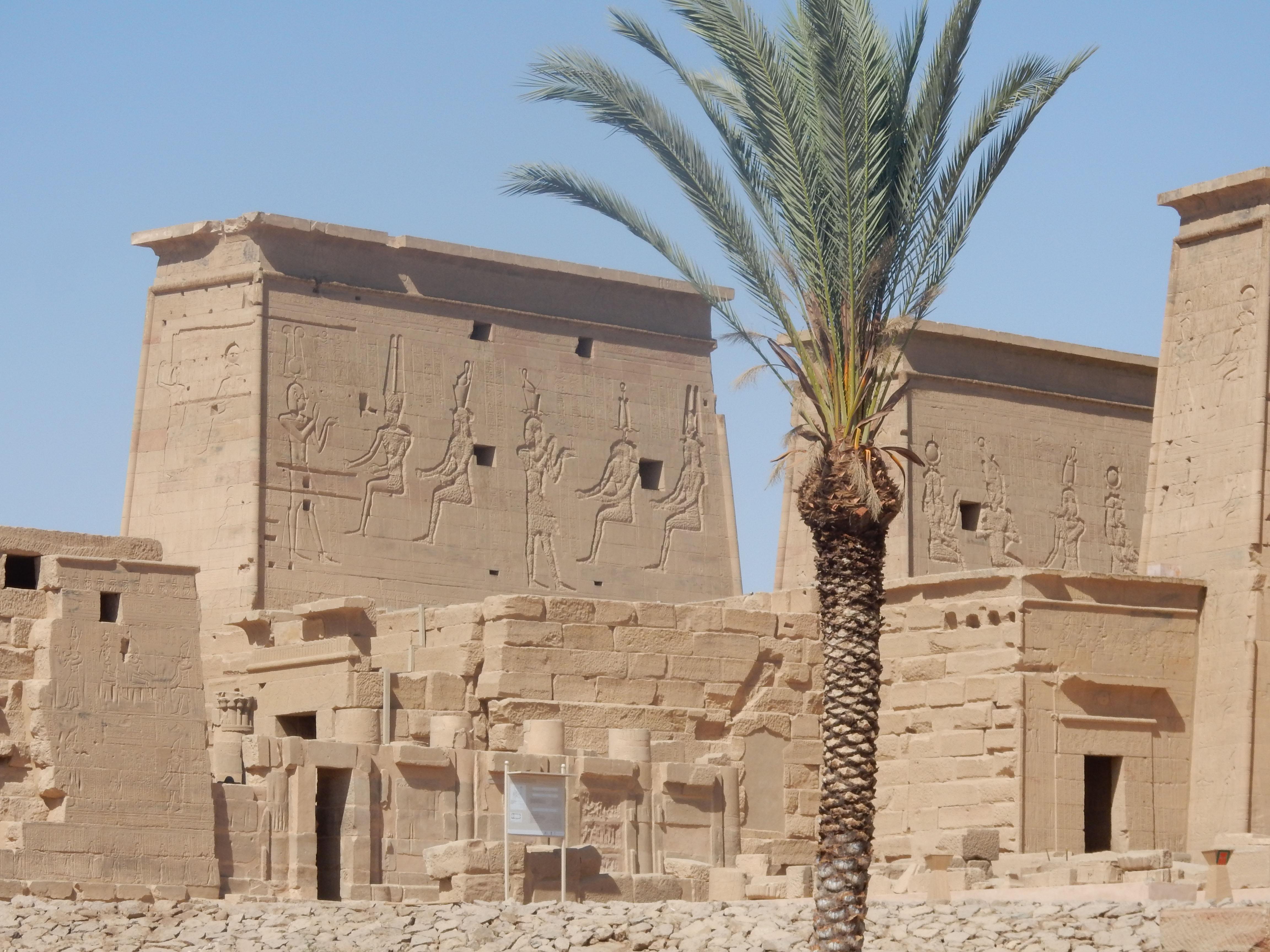 mia und ich blog Philea Tempel Ägypten Egypt Pylon Isis